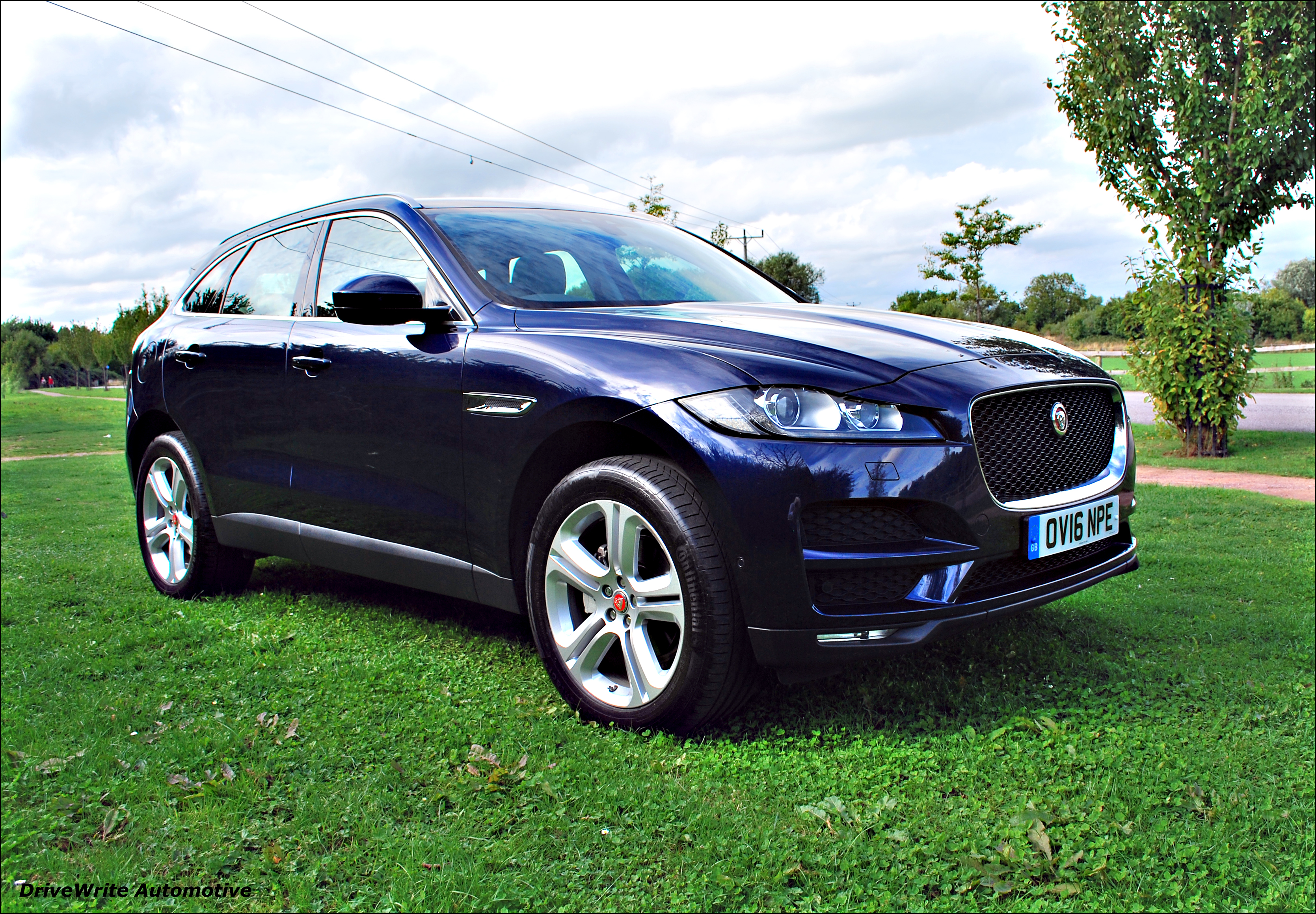 jaguar f pace ahead of the suv pack the business exchange bath and somerset. Black Bedroom Furniture Sets. Home Design Ideas